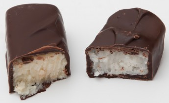 William Curley&#039;s new bounty bar (left) and the original Bounty (right)